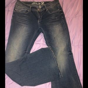 Gently Used. Flare Seven7 Jeans. Size 31